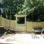 Arbor with negative arch privacy